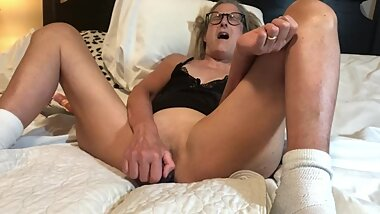 Hot MILF Fucks 9 Inch Dildo Takes It All Mature Granny 60 Year Old