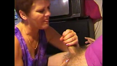 Grandma sucking dick and get facial