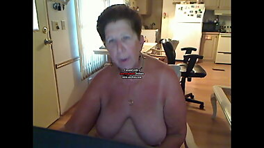 Unduplicate1 Granny creates video for ass master