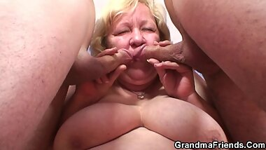 Old granny double blowjob and 3some sex