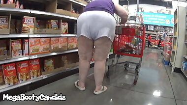 Nastiest Pawg Granny THIGHS EXPOSED