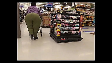 Heavyweight Granny Ass