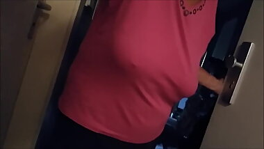 my client , saggy boobs,no bra